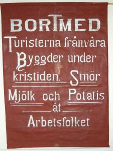 Bilden föreställer en fana från Järpen, daterad till 1918.